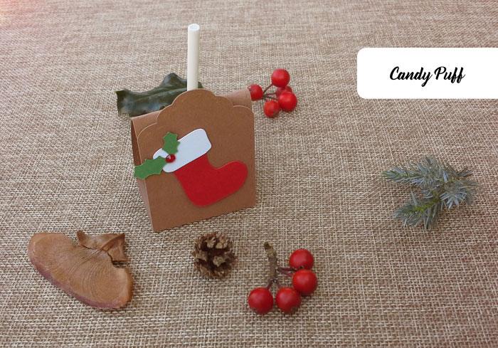 Lembranças para crianças com chupa chupas alusivos ao Natal